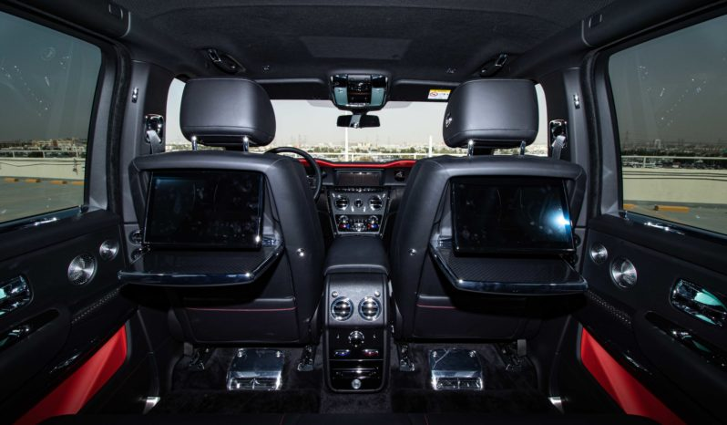 ROLLS ROYCE CULLINAN 6.8L TC AWD A/T PTR ( AVAILABLE ON ORDER ) full