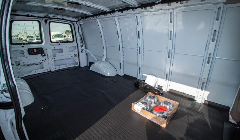 GMC SAVANA 3500 6.6L EXTENDED CARGO VAN A/T PTR full