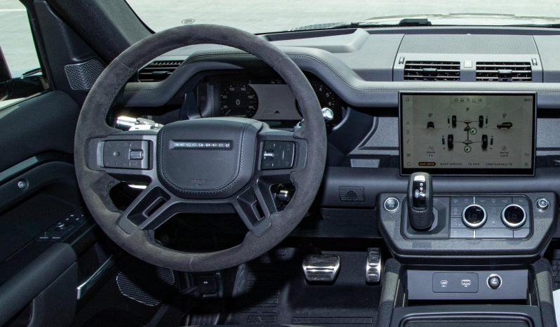 LAND ROVER DEFENDER 5.0L CARPATHIN EDITION A/T PTR full